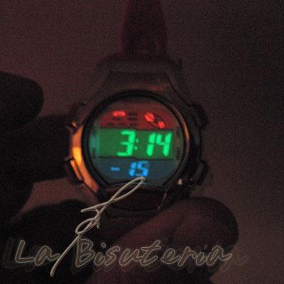 Detalle reloj niños