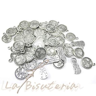 ac824f999d70 La Bisutería * Comentario por Salud - Lote 50 medallas Virgencita ...