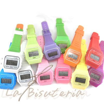 4975f9bedda1 La Bisutería   Lote de 30 reloj tipo Casio - Color al por mayor 3 4 ...
